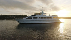 Luxury Boat Hire Whitsundays On Corroboree
