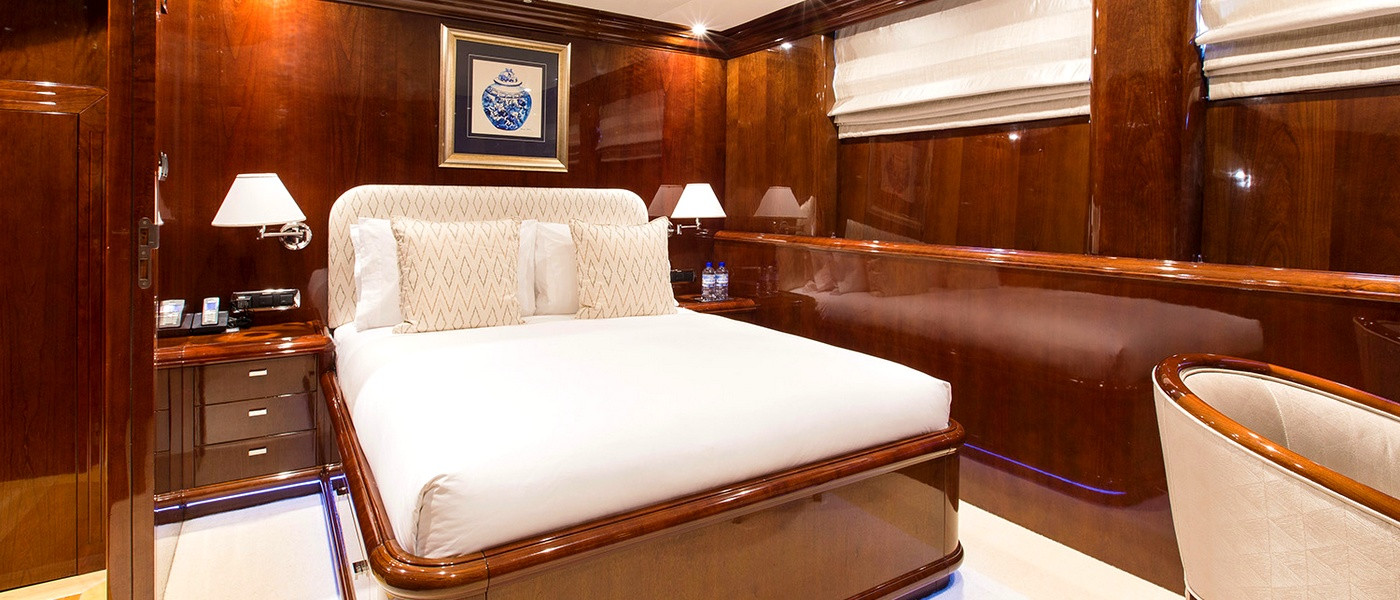 Double cabin on Silent World Luxury boat hire Whitsundays